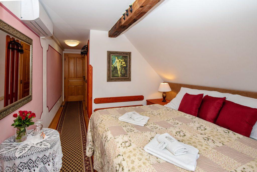 Ubytování U Bílé Paní Český Krumlov Dvoulůžkový pokoj s balkonem